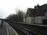 Wikipedia - Ashurst New Forest railway station