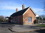 Wikipedia - Hamworthy railway station