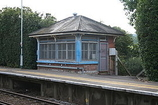 Wikipedia - Holmwood railway station