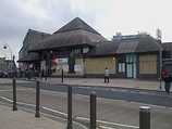 Wikipedia - Ilford railway station