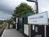 Wikipedia - Lake railway station