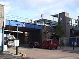 Wikipedia - Limehouse railway station