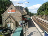 Wikipedia - New Mills Central railway station