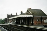 Wikipedia - Oulton Broad North railway station