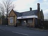 Wikipedia - Plumstead railway station