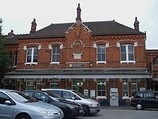 Wikipedia - Purley railway station