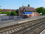 Wikipedia - Redbridge railway station