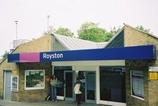 Wikipedia - Royston railway station