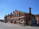 Wikipedia - Salisbury railway station