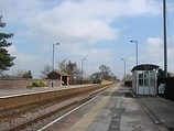 Wikipedia - Saltmarshe railway station