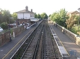 Wikipedia - Snodland railway station