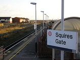 Wikipedia - Squires Gate railway station