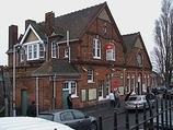 Wikipedia - Streatham Common railway station
