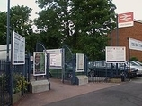 Wikipedia - Sutton Common railway station