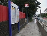 Wikipedia - Syon Lane railway station