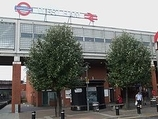 Wikipedia - West Ham railway station
