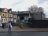 Wikipedia - West Norwood railway station