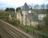 Wikipedia - Adwick railway station