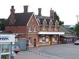 Wikipedia - Borough Green & Wrotham railway station