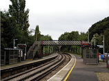 Wikipedia - Bursledon railway station
