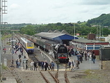 Wikipedia - Carmarthen railway station