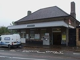 Wikipedia - Carshalton Beeches railway station