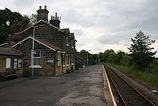 Wikipedia - Castleton Moor railway station