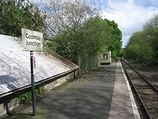 Wikipedia - Coombe Junction Halt railway station