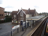 Wikipedia - Cosham railway station