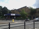 Wikipedia - Edmonton Green railway station