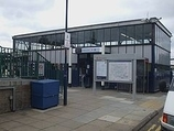 Wikipedia - Elmers End railway station