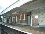 Wikipedia - Emsworth railway station