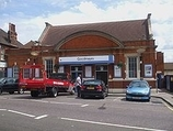Wikipedia - Goodmayes railway station